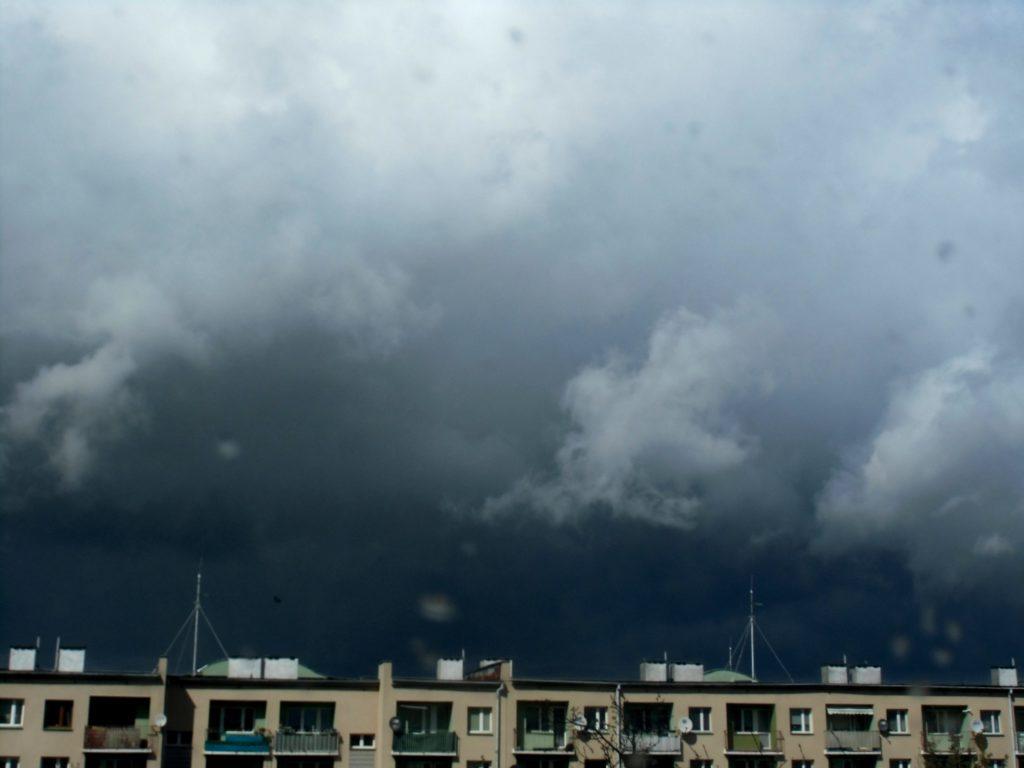 jak prognozować burze?