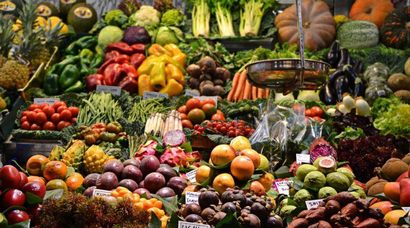 wciąż jemy za mało warzyw i owoców
